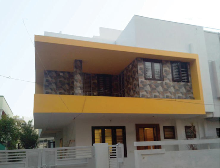 Exterior renovation Modern houses by Swastik Modern
