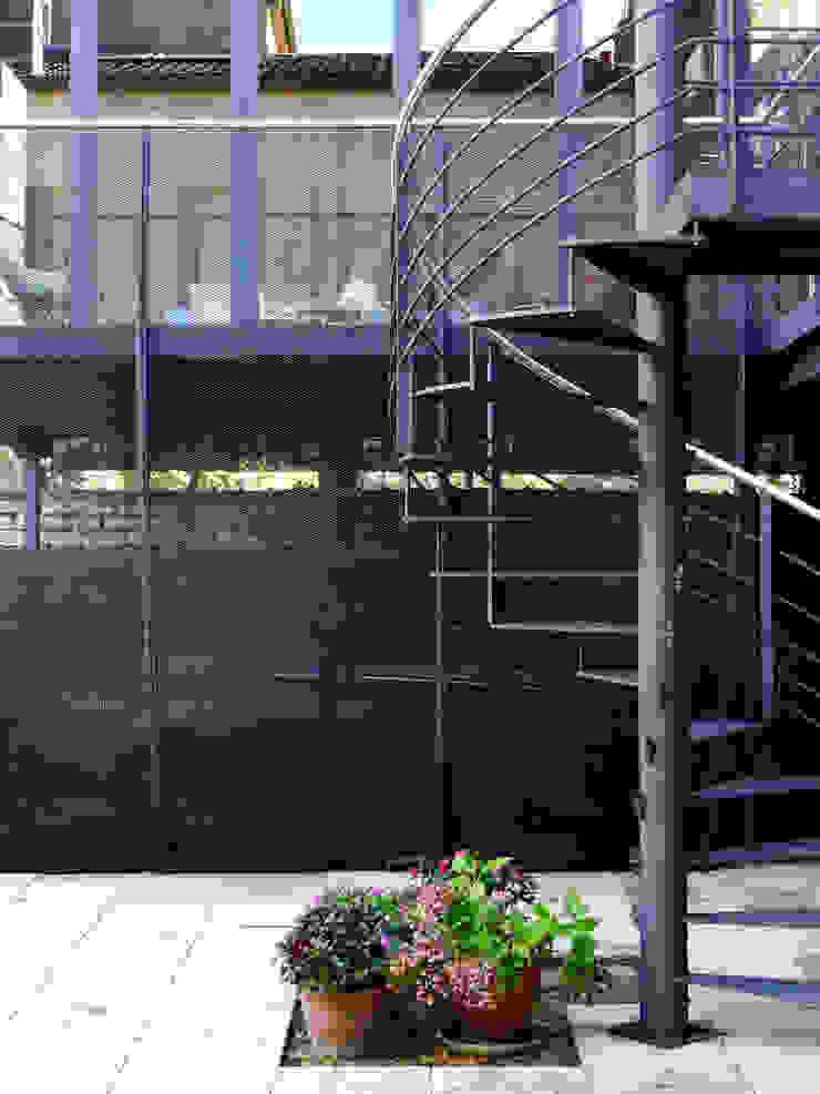 Vincent Athias Architecte DPLG Modern Conservatory Iron/Steel Grey