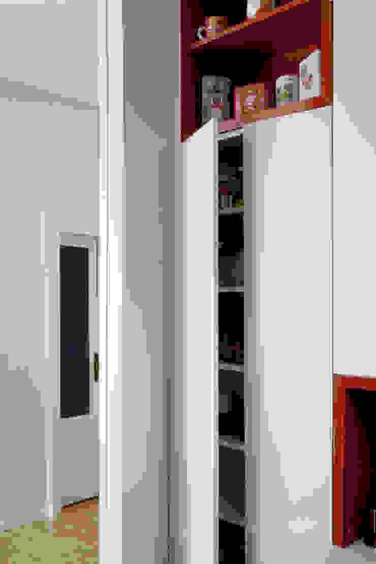Atelier delle Verdure Eclectic style kitchen Wood Grey
