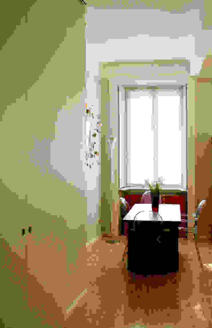Atelier delle Verdure Eclectic style living room Wood Grey