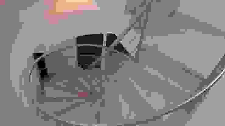 Grupo Moix SAS Modern Corridor, Hallway and Staircase