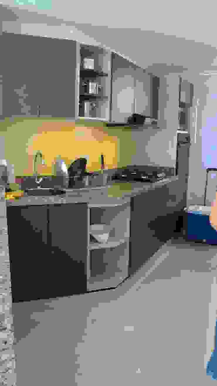 Grupo Moix SAS Modern Kitchen Grey