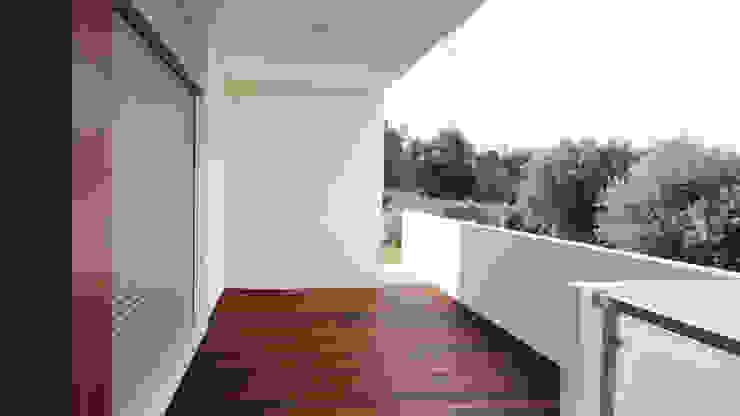 GAAPE - ARQUITECTURA, PLANEAMENTO E ENGENHARIA, LDA Rumah Modern