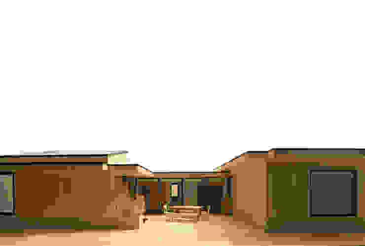 Patio House van Kevin Veenhuizen Architects