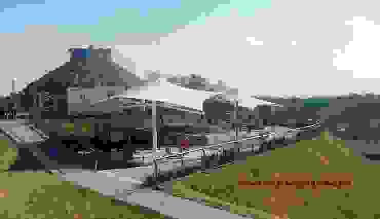 Velaria en gimnasio al aire libre de TENSO DISEÑOS MX Moderno