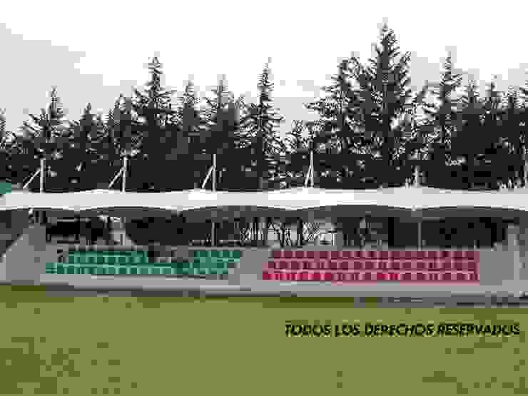 Cubiertas para gradas en Toluca Estadios de estilo moderno de TENSO DISEÑOS MX Moderno