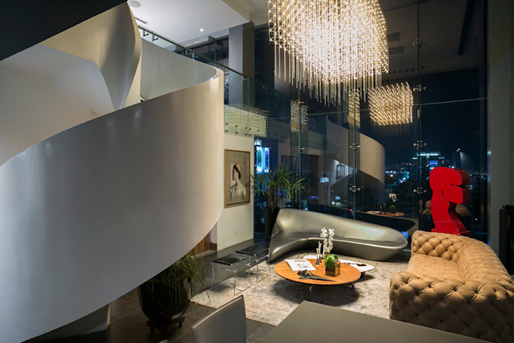 Sala Pasillos, vestíbulos y escaleras modernos de M+M INTERIORISMO Moderno