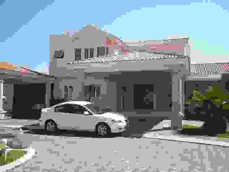 CASA F8 SG Huerta Arquitecto Cancun Casas unifamiliares Caliza Amarillo