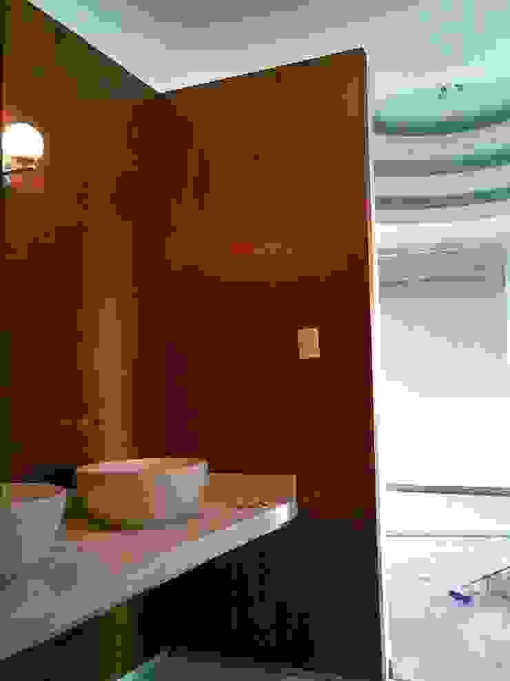 casa F8 Baños eclécticos de SG Huerta Arquitecto Cancun Ecléctico Madera Acabado en madera