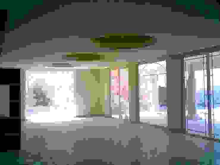 CASA F8 Salones eclécticos de SG Huerta Arquitecto Cancun Ecléctico Mármol
