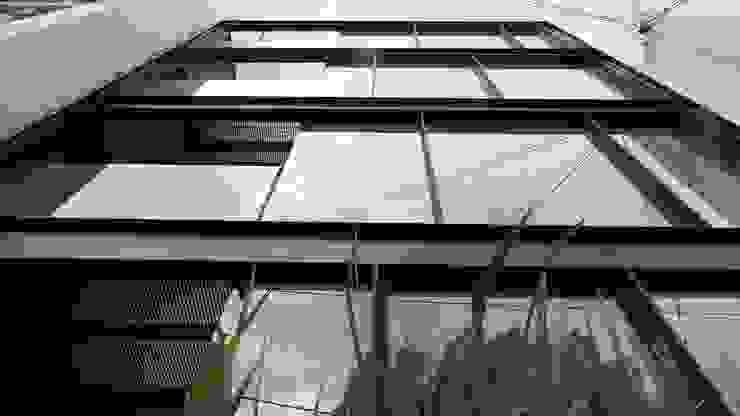 Nicolas San Juan Casas modernas de Sulkin Askenazi Moderno