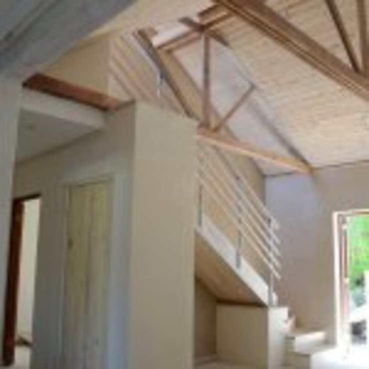 House Bezuidenhout Minimalist corridor, hallway & stairs by Eco Design Architects Minimalist
