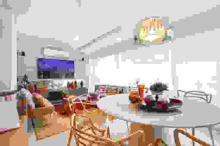 Modern dining room by Ana Lucia Salama - Arquitetura e Interiores Modern