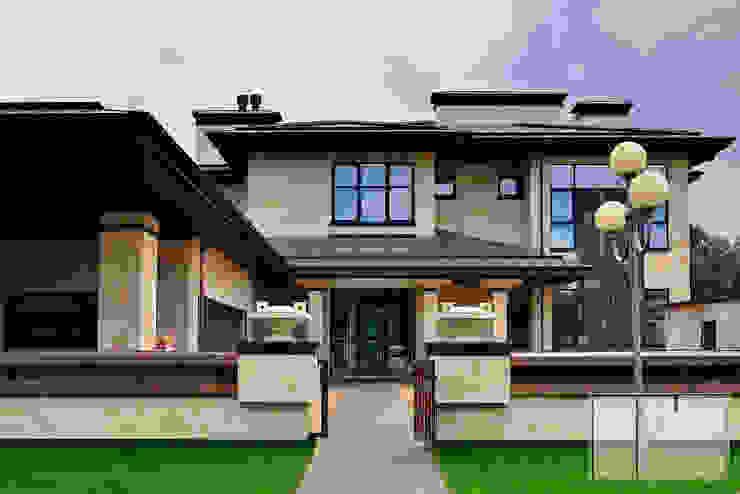 Nhà phong cách chiết trung bởi Архитектурная Мастерская Георгия Пряничникова Chiết trung