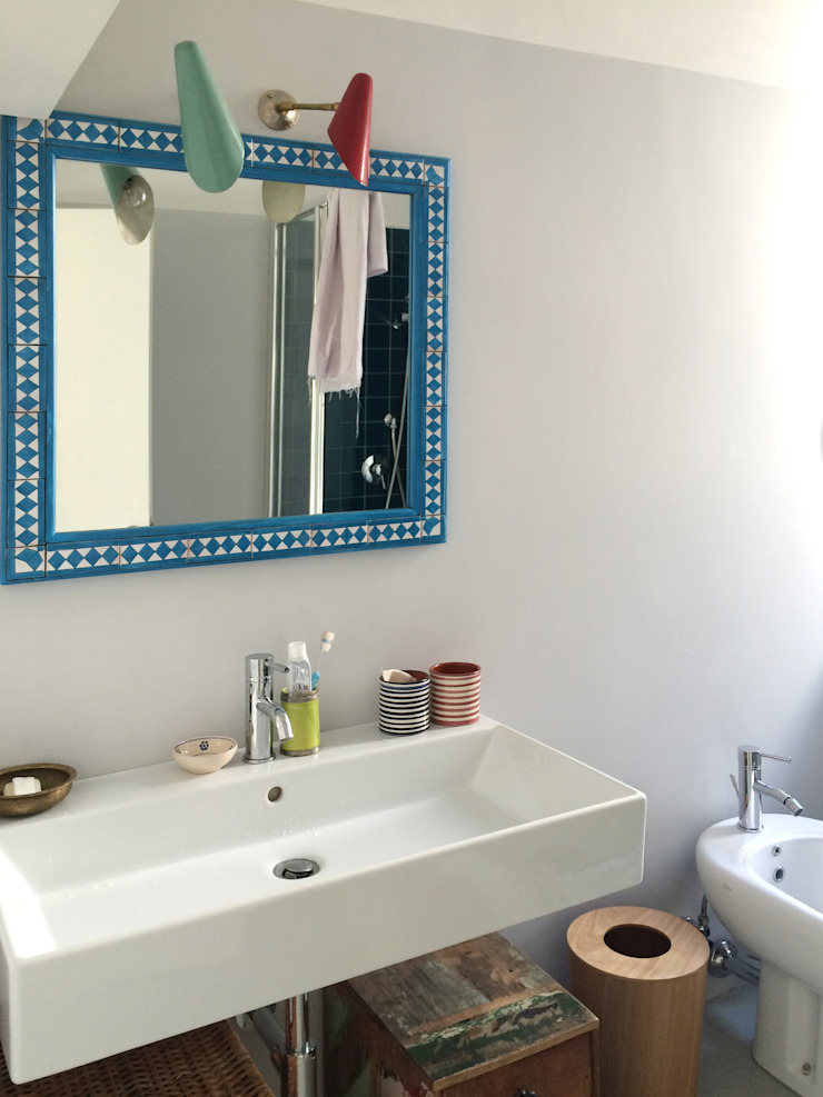 ArchEnjoy Studio Eclectic style bathrooms Glass Turquoise
