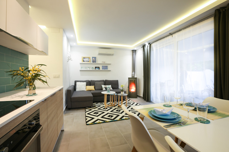 Diseño interior Casa para alquiler vacacional en Marbella Livings de estilo mediterráneo de DIKA estudio Mediterráneo