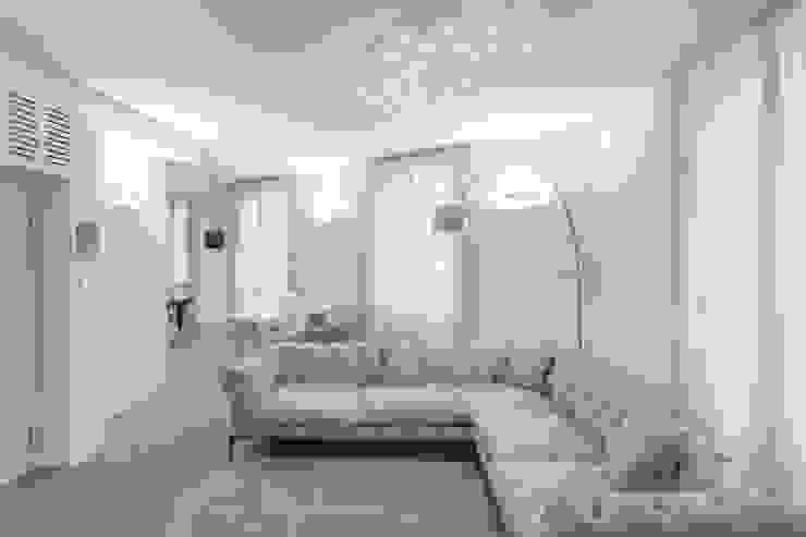 Tường & sàn phong cách hiện đại bởi Resin srl Hiện đại