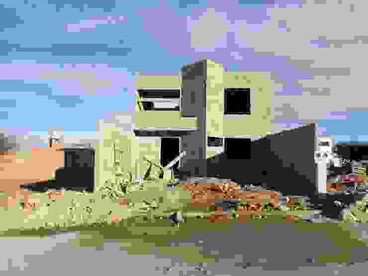 Fachada Casas modernas de Arquitectura Especializada Nueva Vizcaya Moderno Ladrillos