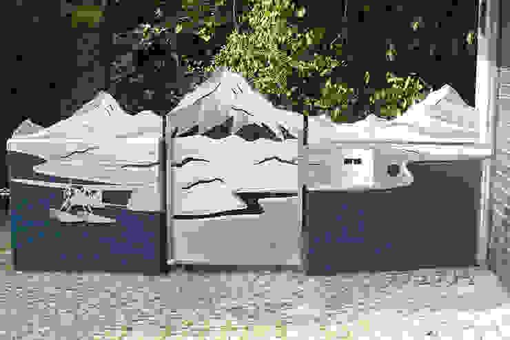 "Edelstahl Tore ""Yukon"" Moderner Garten von Edelstahl Atelier Crouse: Modern Metall"