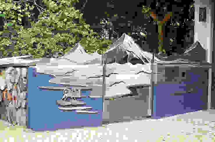 """Edelstahl Tor """"Yukon"""" Moderner Garten von Edelstahl Atelier Crouse: Modern Metall"""