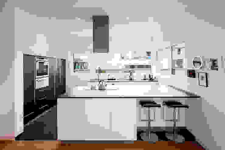 ห้องครัว โดย Ferreira | Verfürth Architekten, โมเดิร์น