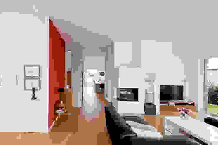 Гостиная в . Автор – Ferreira | Verfürth Architekten,