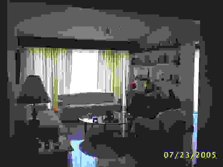 CASA WILMA Livings de estilo clásico de SG Huerta Arquitecto Cancun Clásico Mármol