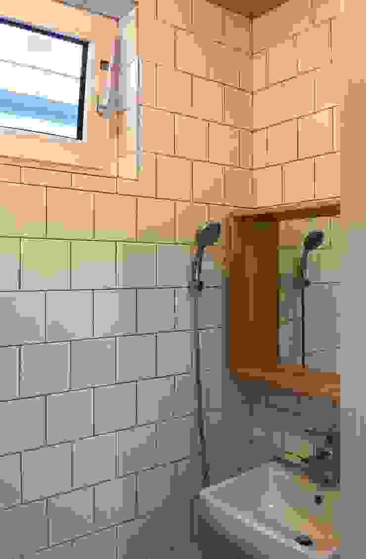 용인 동백주택 #1 미니멀리스트 욕실 by 건축사사무소 리임 미니멀
