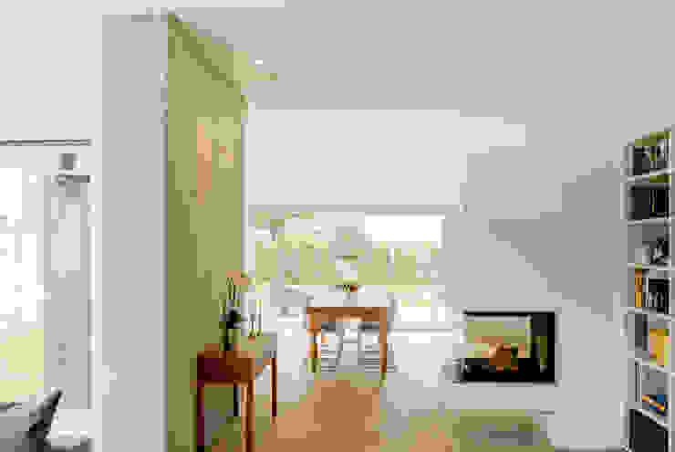 Moderne eetkamers van Ferreira | Verfürth Architekten Modern