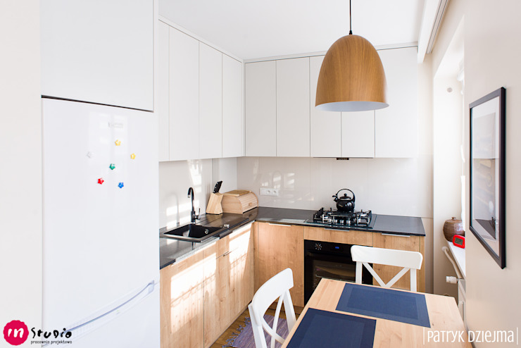 Kitchen by IN STUDIO PRACOWNIA PROJEKTOWA,