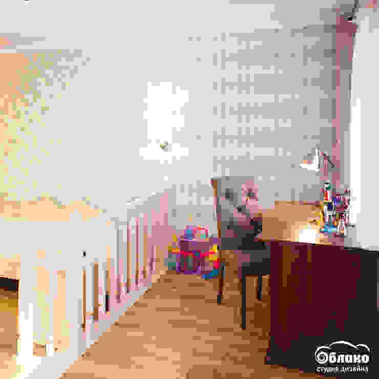 Chambre d'enfant classique par Студия 'Облако-Дизайн' Classique