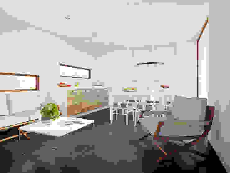 Interieur moderne stacaravan:  Woonkamer door Bongers Architecten, Modern