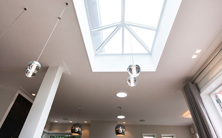 JAREN 30-HUIS | GESTRIPT:  Eetkamer door WEBERontwerpt | architectenbureau, Modern