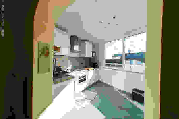 Hosue A+B Modern Kitchen by NOS Design Modern