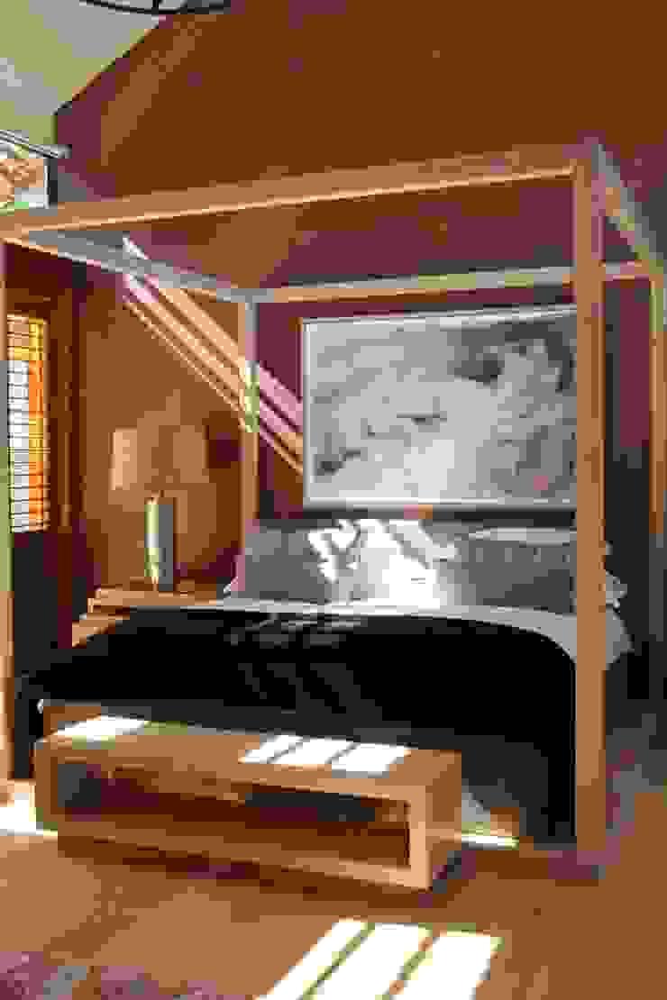 M&M Designs Dormitorios de estilo moderno
