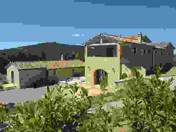 Casas rurales de marco carlini architetto Rural Piedra