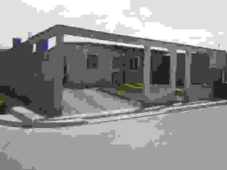 Accesos a Vivienda Casas modernas de Arq. Alberto Quero Moderno Concreto