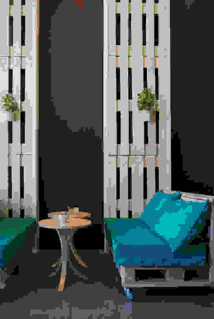 B+V Arquitectos Espaces commerciaux minimalistes