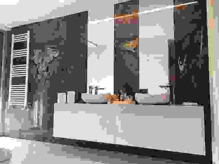 KUUK Modern Bathroom Wood