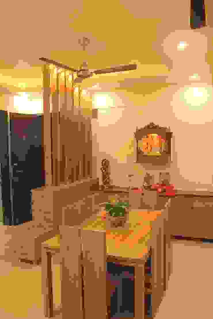 Mr. Jitendra Pathak Modern dining room by GREEN HAT STUDIO PVT LTD Modern