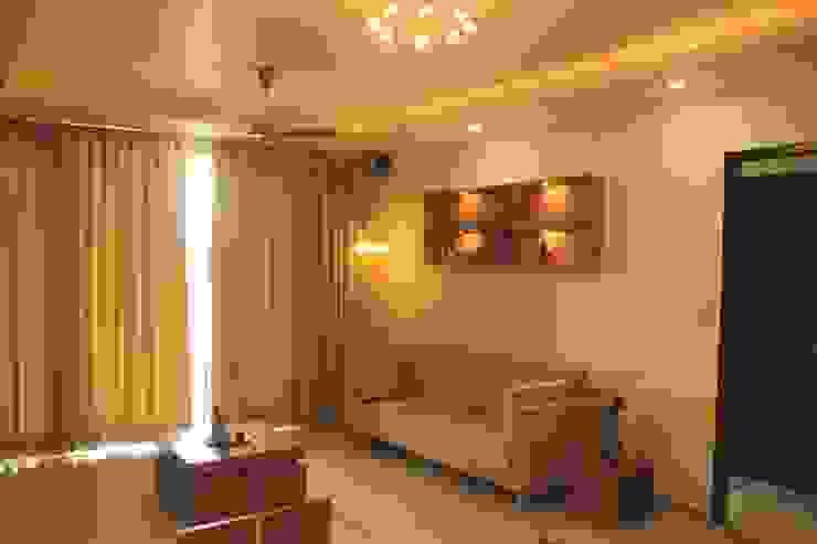Mr. Jitendra Pathak Modern living room by GREEN HAT STUDIO PVT LTD Modern