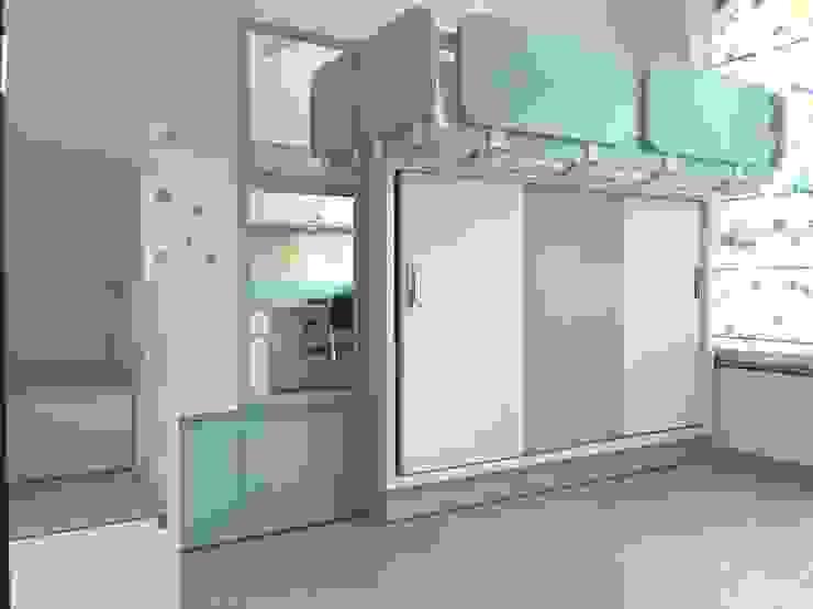 Mr. Jitendra Pathak Modern nursery/kids room by GREEN HAT STUDIO PVT LTD Modern