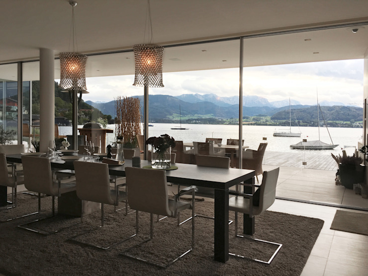 Modern Dining Room by Egg and Dart Corporation GmbH & Co.KG | München Modern