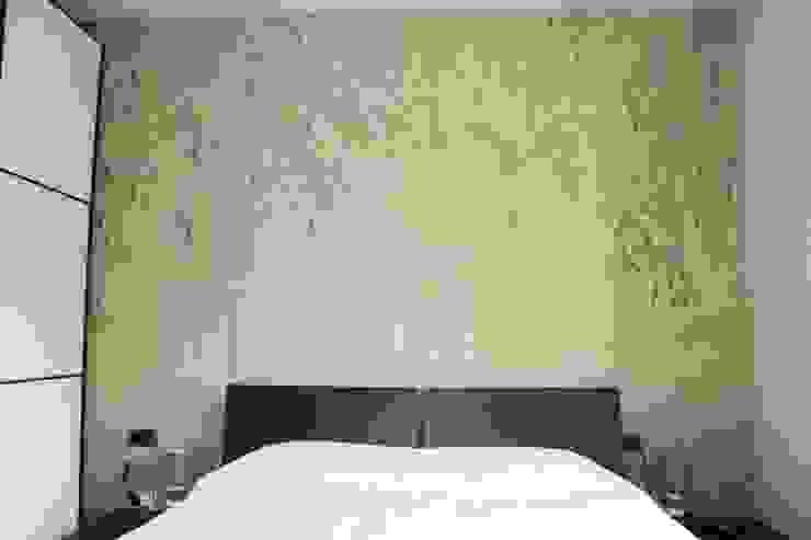 camera da letto Camera da letto moderna di EMOTIONAL HOME di Ramona Abis Moderno