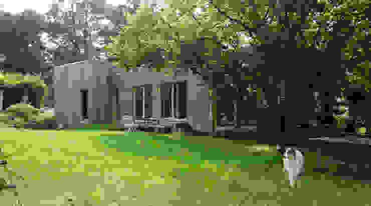 現代房屋設計點子、靈感 & 圖片 根據 ATO ARCHITECTURE 現代風