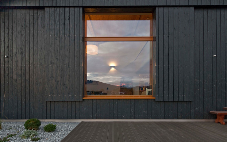 Eclectic style houses by w. raum Architektur + Innenarchitektur Eclectic