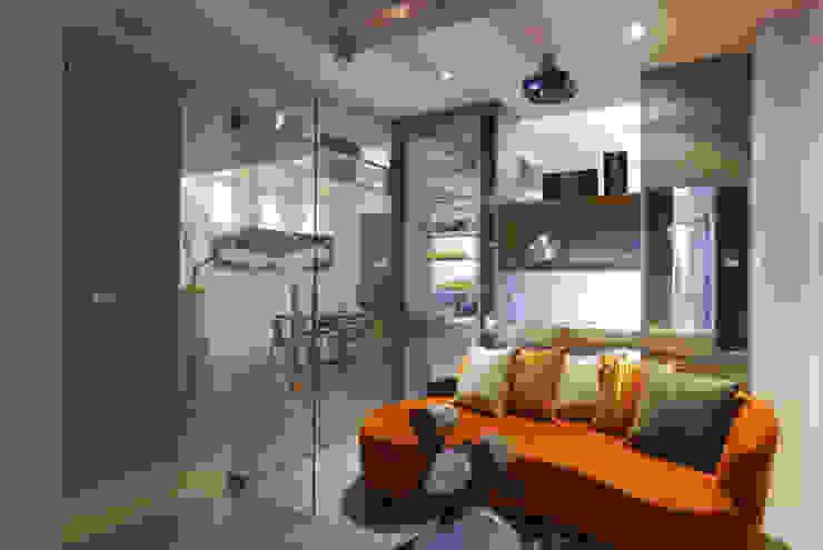 Ruang Media Modern Oleh 大也設計工程有限公司 Dal DesignGroup Modern