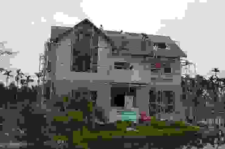 屋頂面材施作 根據 台灣環球住宅股份有限公司