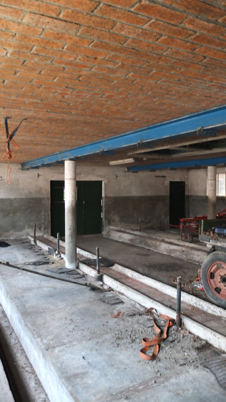 Interieur oude veestal van LJW Architectuur