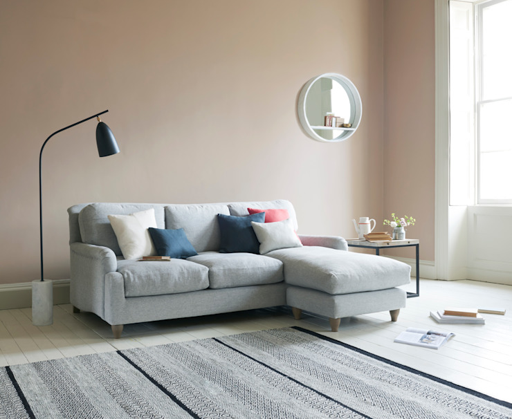 Pavlova chaise sofa: classic  by Loaf, Classic